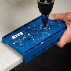Кондуктори для свердління і пристосування для монтажу