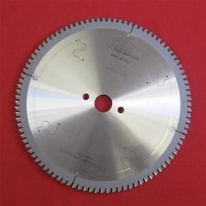 Пила для різання алюмінію D200x20x3,2 Z64 LA200322064N